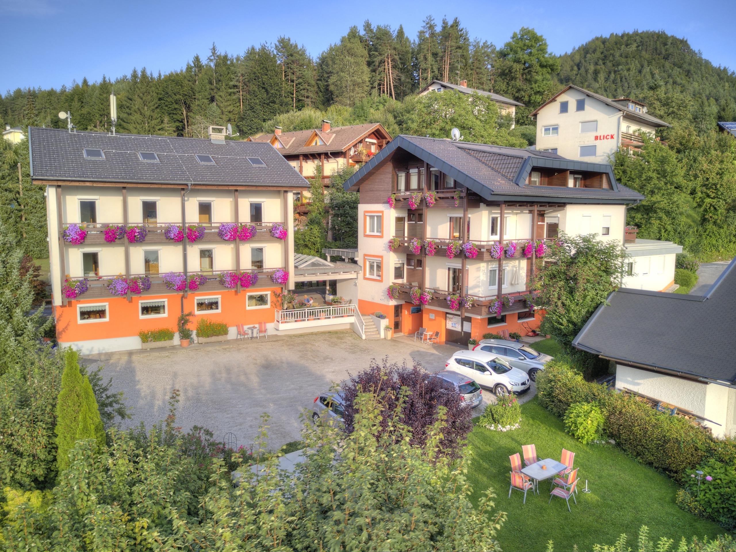 Ferienwohnungen / Apartments Seehöhe in Egg am Faaker See